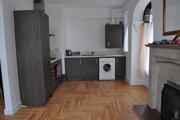 DSC_3060-Kitchen