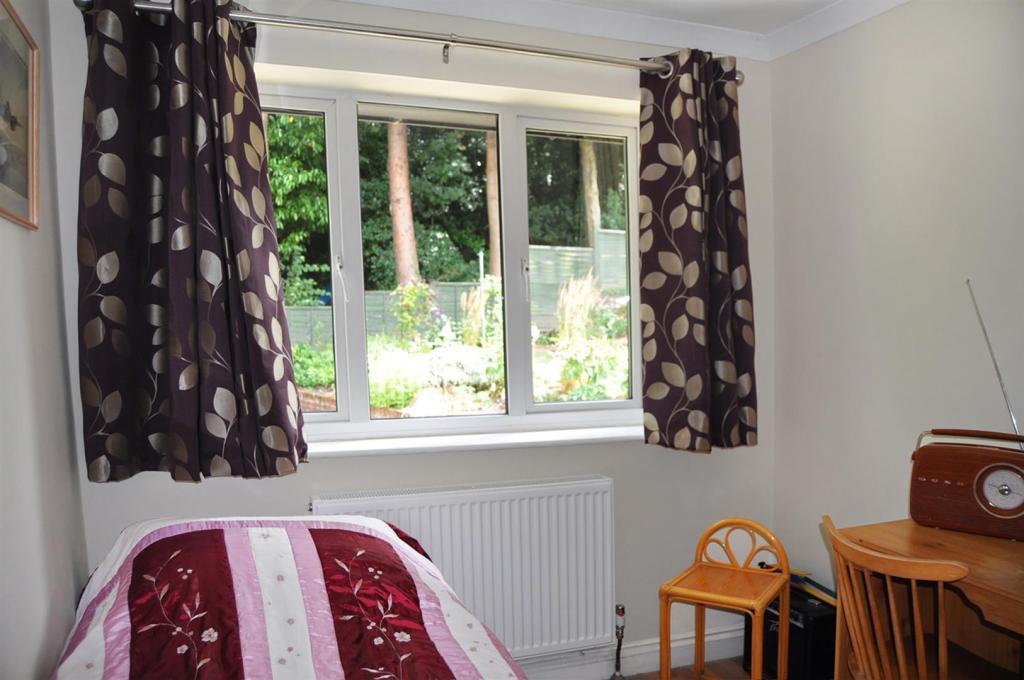 DSC_2809 PS Bedroom.