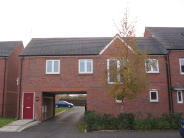 2 bed Flat to rent in Rosefinch Road...