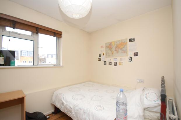 bedroom apartment to rent in phoenix wharf road london bridge se1