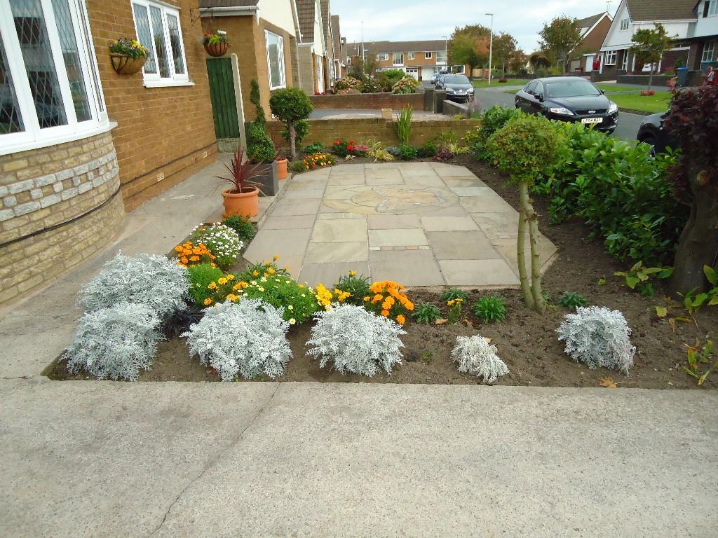 Garden front