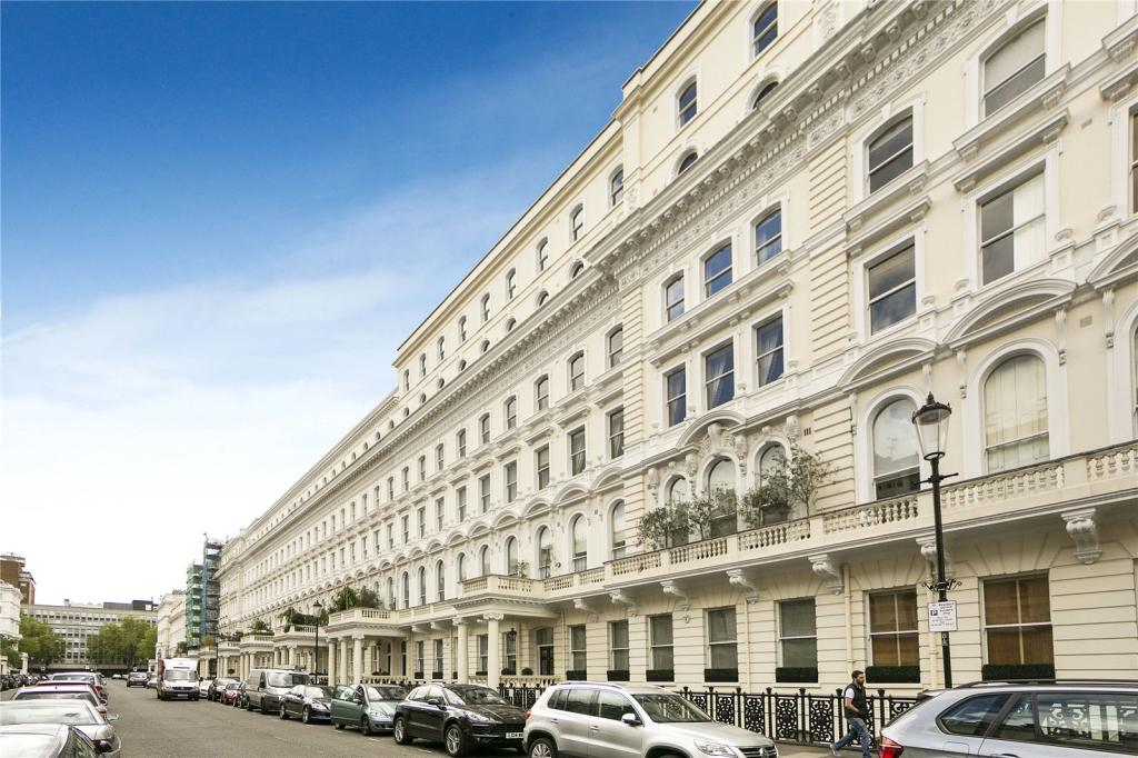 3 bedroom flat for sale in queen 39 s gate terrace london for Queens gate terrace