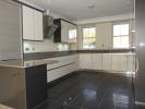 5 bedroom new house in Queensgate Terrace...