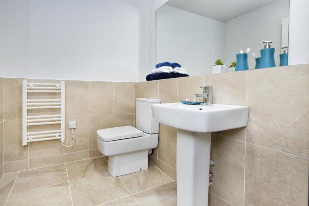 En Suite Angle Two