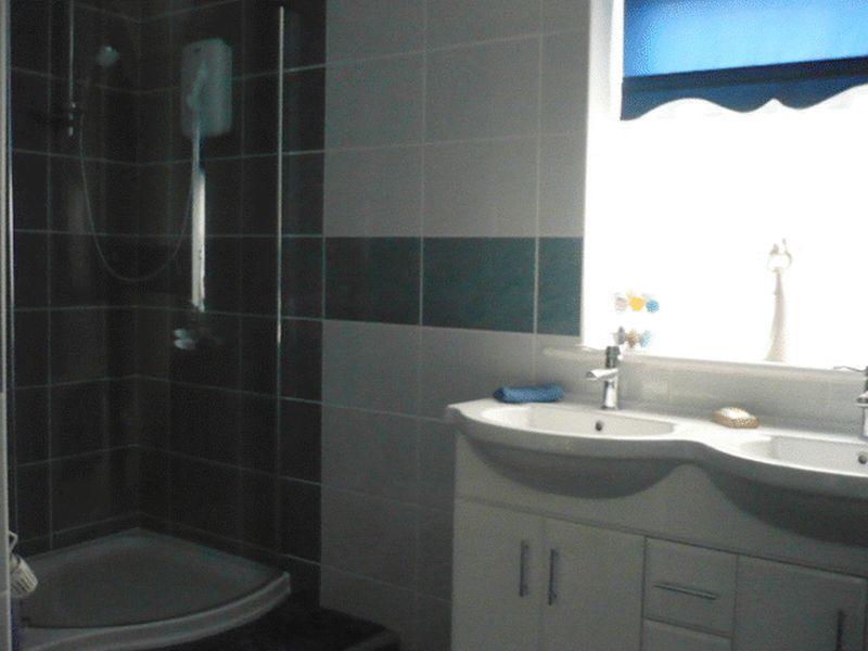Showe Room