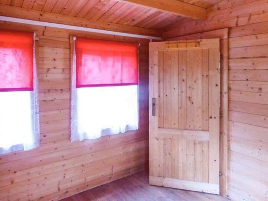 Wood Lodge - S...