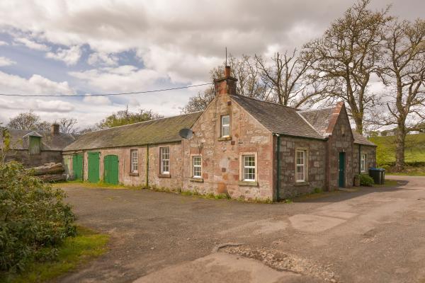 Lodge & Outbuildings
