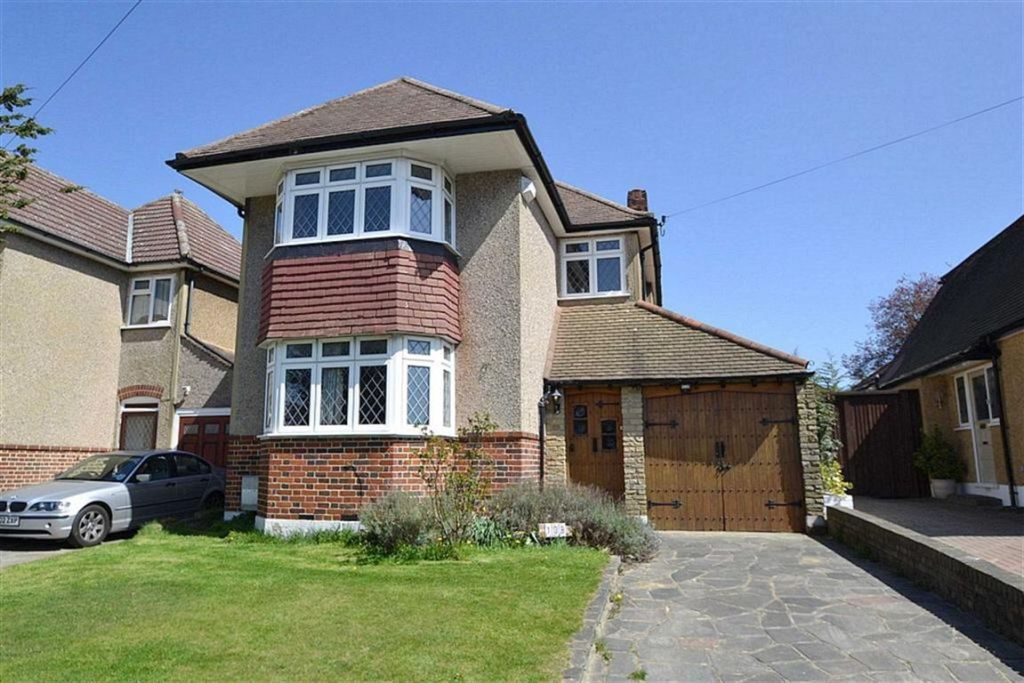 3 Bedroom Detached House For Sale In Seaforth Gardens Stoneleigh Surrey Kt19
