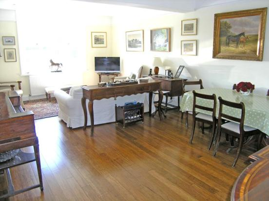 Dining to Sitting Room