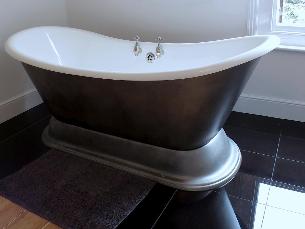 Luxury Bath Feature