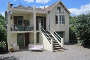 Village House for sale in Bourganeuf, Creuse...
