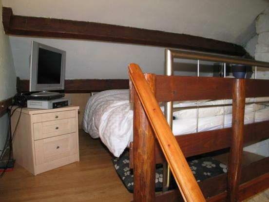 Bed 1/Study Area