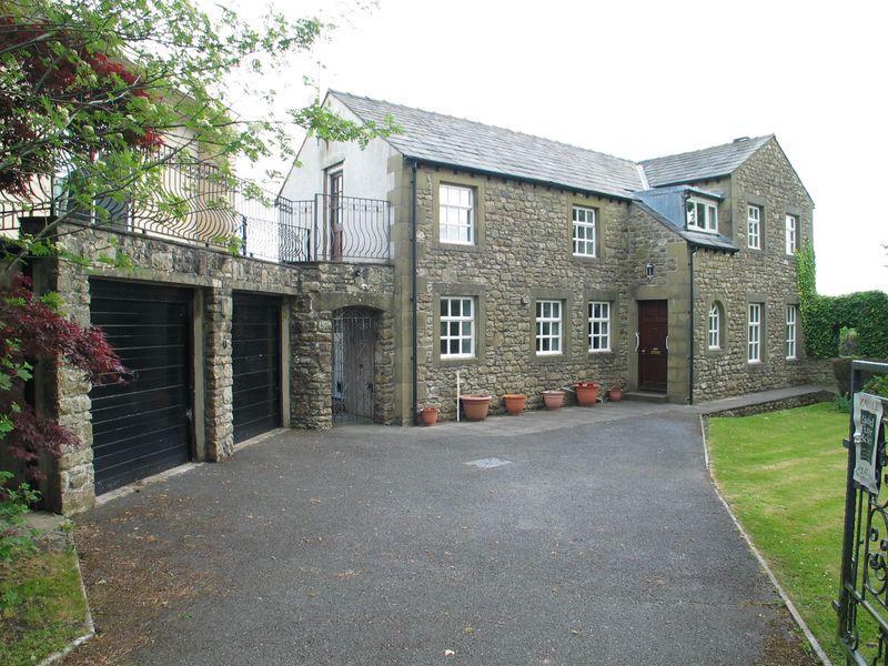 Tatham Lodge