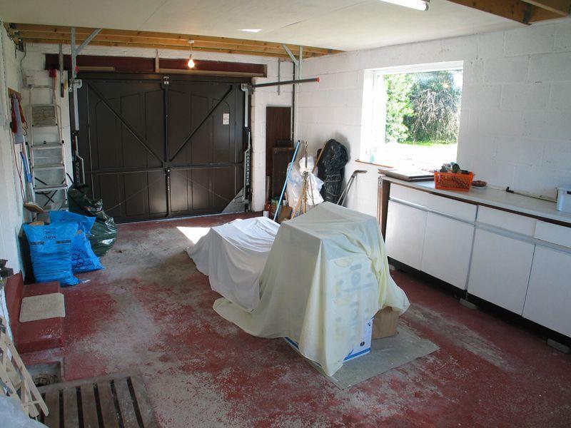 Annex Garage