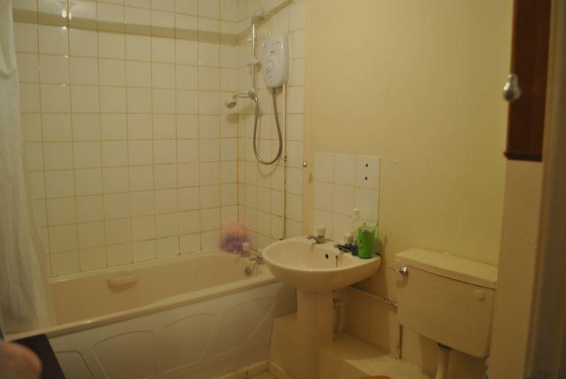 Bathroom 0816