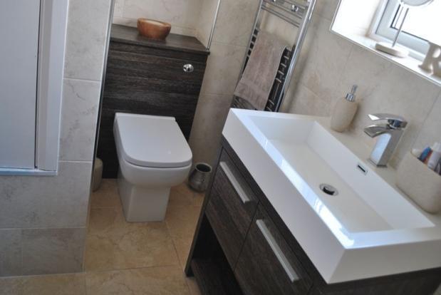 Bathroom 2 1016