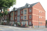 Ground Flat to rent in Castle Boulevard, Lenton...
