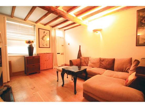 3 bedroom end of terrace house for sale in lincoln street for Living room nottingham