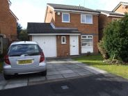 3 bed Detached house to rent in Honeysuckle Drive...
