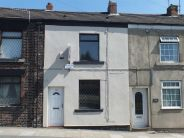 2 bed Terraced house for sale in Huddersfield Road...