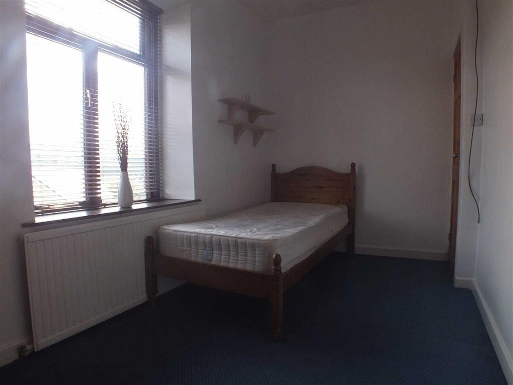 REAR BEDROOM (2)
