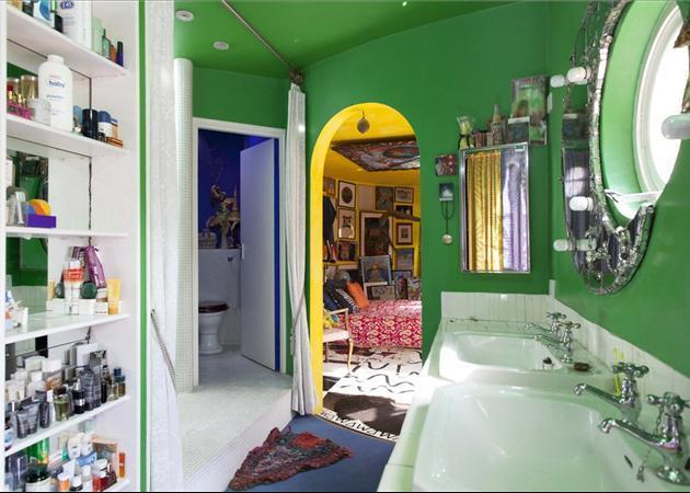 Funky bathroom design ideas photos inspiration for Funky bathroom designs