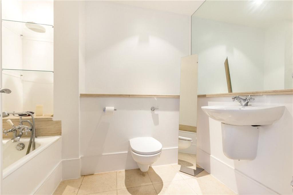 E1w Bathroom