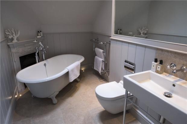 Stables 1 Bathroom