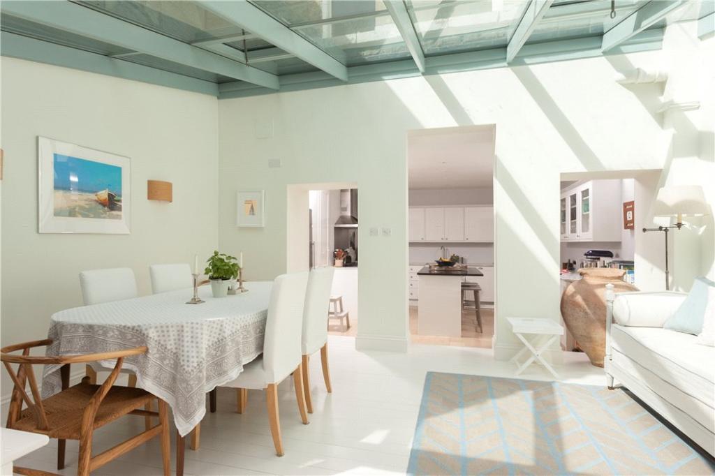 Bath - Dining Room