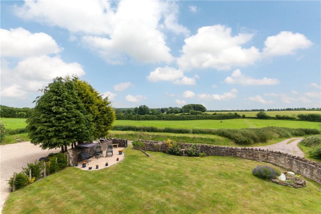 Garden & Rural View