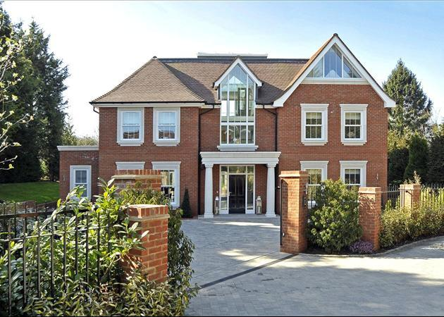 6 bedroom house for sale in Dorney Wood Road Burnham
