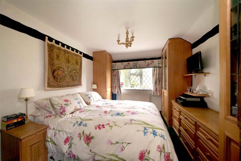 Woodrow: Bedroom