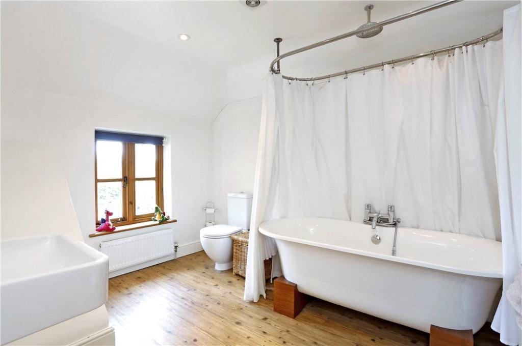 Penn: Bathroom