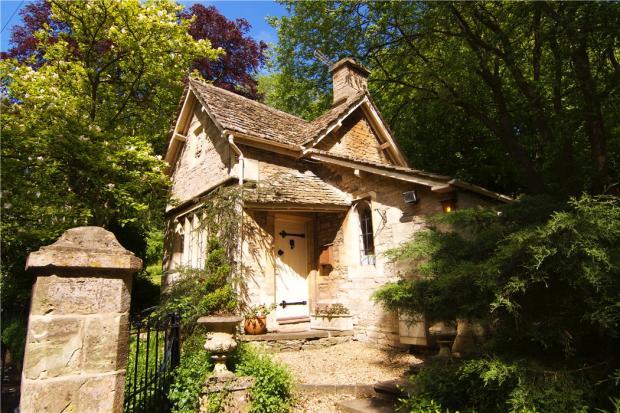 Amberley Court Lodge