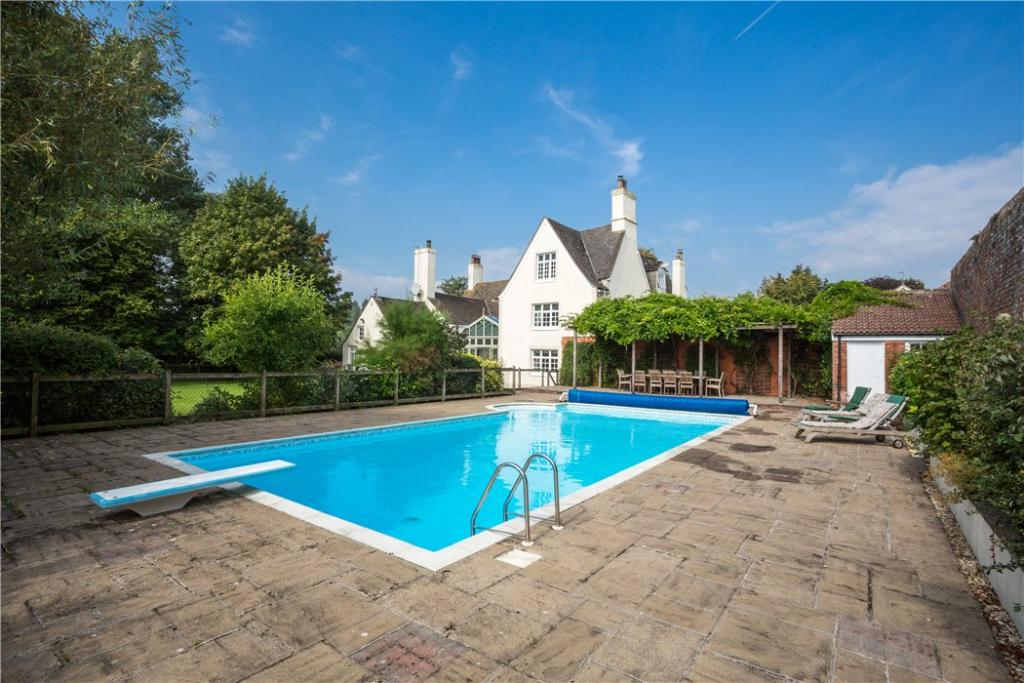 7 Bedroom Detached House For Sale In Old Bristol Road Woodford Berkeley Gloucestershire Gl13