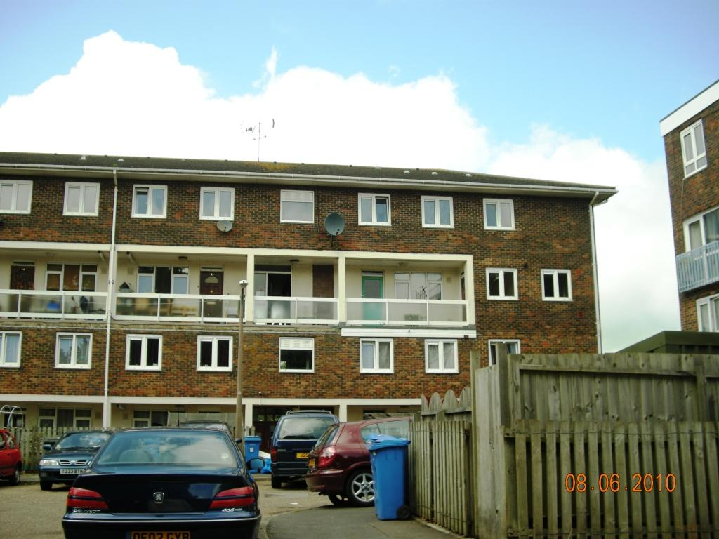 2 Bedroom Maisonette To Rent In Turlin Moor Hamwothy Bh16
