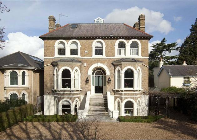 6 bedroom house for sale in palace road east molesey for Six bedroom house for sale
