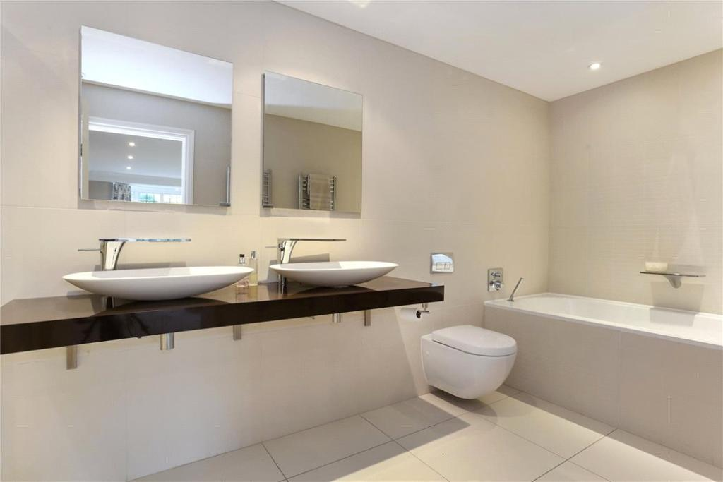 6 Bathrooms