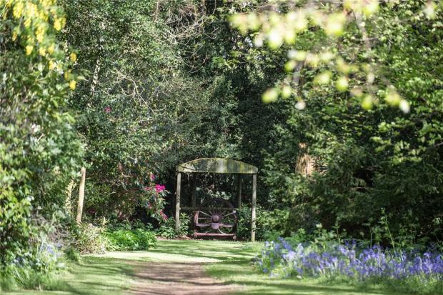 Sadberge: Gardens