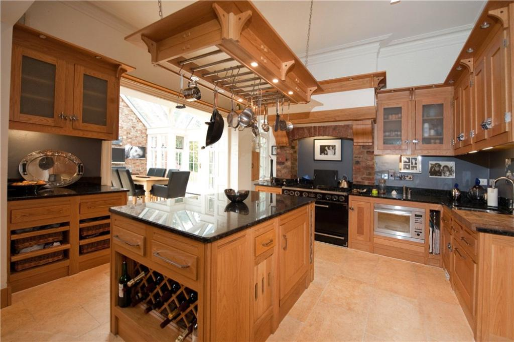 Moorlands: Kitchen