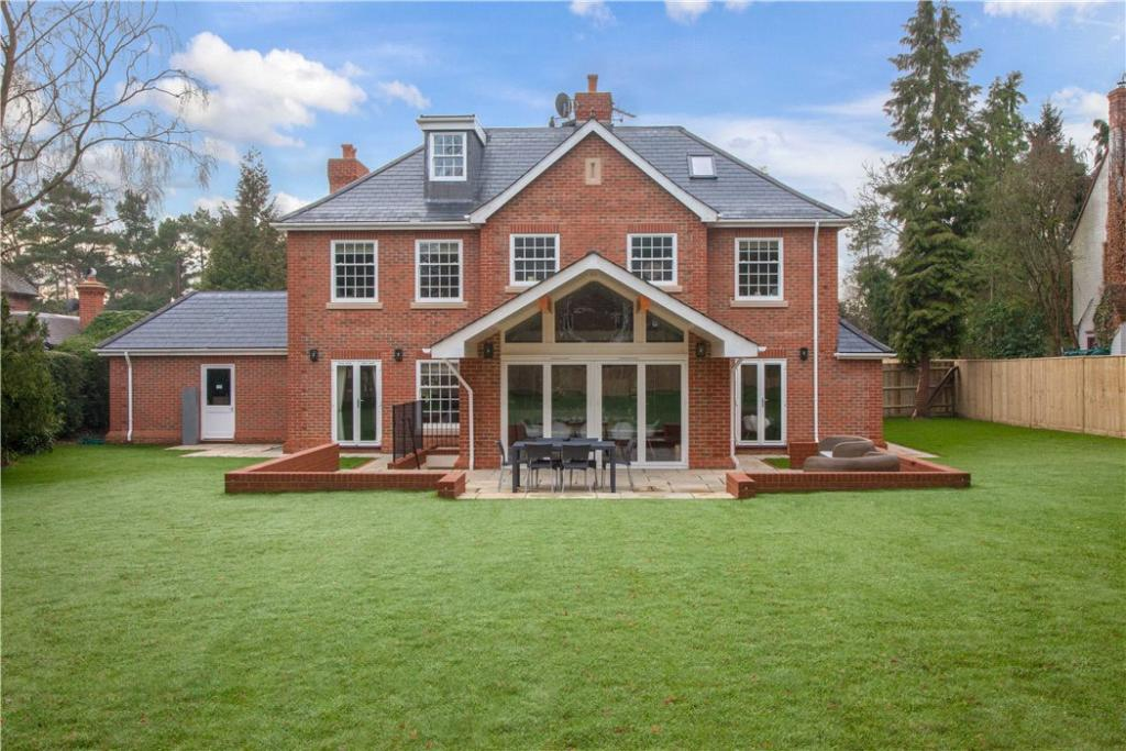 6 Bedroom Detached House For Sale In Greys Road Henley On