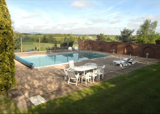 5 Bedroom House For Sale In Madeley Road Beckbury Shifnal Shropshire Tf11 Tf11