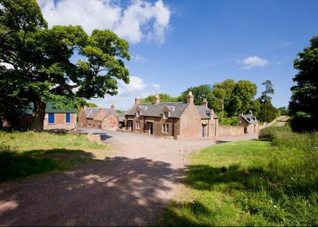 9 bedroom house for sale in dunbar east lothian scottish for Garden shed edinburgh sale