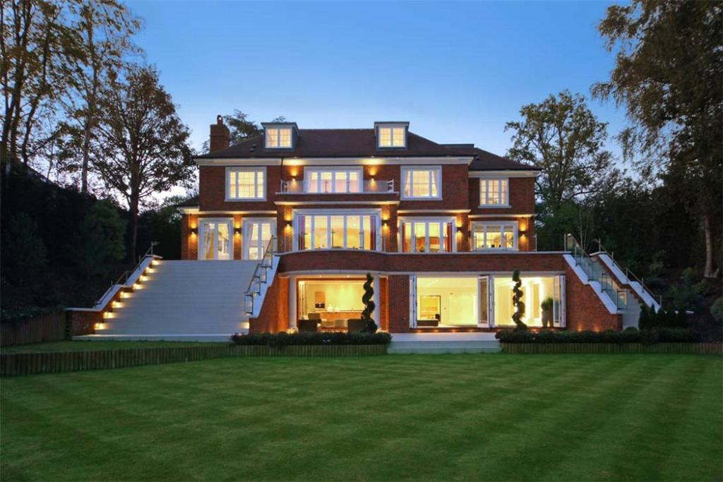 6 bedroom detached house for sale in nuns walk wentworth for Six bedroom house for sale