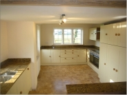 4 bed house in Willow Cottage...