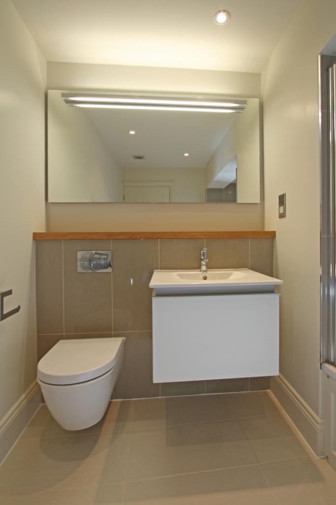 flat 2 bath