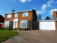 4 bed Detached house to rent in Welwyn, Hertfordshire