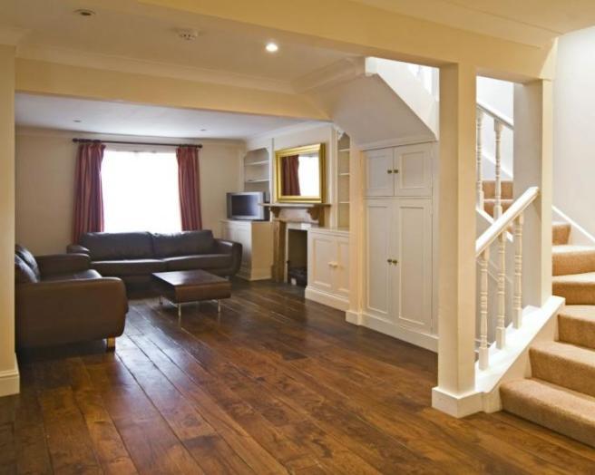 Hallway wooden flooring ideas home design and interior for Floor ideas for hallway