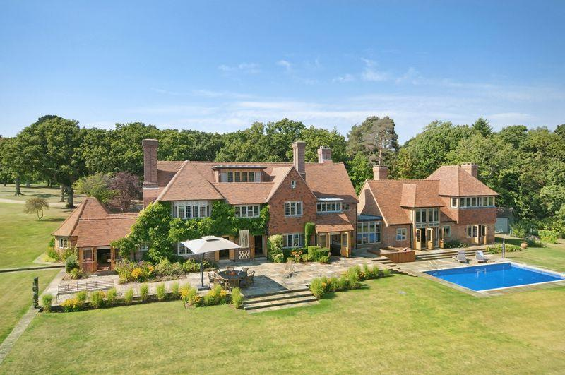 8 bedroom detached house for sale in bucklers hard for 8 bedroom house for sale