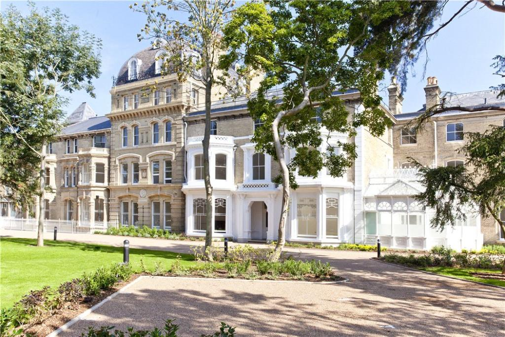 2 Bedroom Flat For Sale In Normansfield Court 22 Langdon